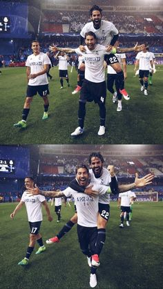 Real Madrid Photos, Real Madrid Team, Real Madrid Players, Lucas Vazquez, Real Madrid Wallpapers, Isco Alarcon, Camping Photography, Football Players, Happiness