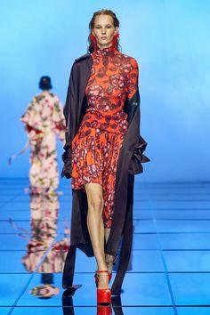 Fashion News, Fashion Beauty, Fashion Show, Womens Fashion, Fashion Trends, Capsule Outfits, Dress Me Up, Catwalk, Spring Fashion