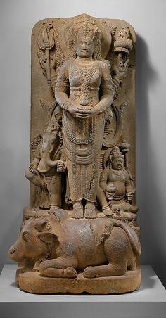 Posthumous Portrait of a Queen as Parvati Period: Eastern Javanese period Date: 14th century Culture: Indonesia (Java) Medium: Andesite Accession Number: 2001.407