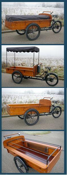 Gutes Lastenrad, fahrbarer Marktstand. Wahrscheinlich ursprünglich ein Rad für Verkauf von Heringen.