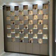 A London based Visual Merchandising & Retail Design Agency Jewellery Shop Design, Jewellery Showroom, Perfume Display, Perfume Store, Showroom Interior Design, Retail Interior, Cosmetic Shop, Cosmetic Display, Display Design