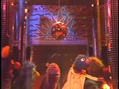 Grover, Ernie, and the Sesame Street muppets Get Lucky with some Daft Punk featuring Pharrell Williams. Female Monster, Sesame Street Muppets, Learn German, Alphabet, Popular Culture, Raiders, Youtube, Gifs, Language