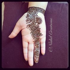@anisharawal07 's hand second side with a completed #wristband #hennacrazy #Henna #hennaart #hennadesign #hennadesign #hennatattoo #mehndi #mehndidesign #mehnditattoo #tattoo #wristtattoos #bodyart #art #fashion #style #glamour #instafashion #instamood #love #funtimes #hennaday