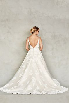 Book an appointment today and see why our brides rave about our styles, affordability and passion to find you that perfect fit! Get started today! www.carriesbridalcollection.com