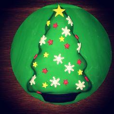 Christmas tree cake Christmas Tree Cake, Tree Cakes, Baking, Desserts, Food, Tailgate Desserts, Postres, Deserts, Essen