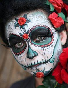 sugar skull makeup for Halloween - Halloween Costumes 2013 Sugar Skull Face Paint, Sugar Skull Makeup, Sugar Skull Art, Halloween Make Up, Halloween Costumes, Halloween Face, Halloween Costume Accessories, Sugar Scull, Catrina Tattoo