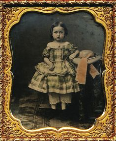 1/6 PLATE AMBROTYPE - AN ADORABLE GIRL WITH AMAZING TINTING - SUPER CASE - RARE!