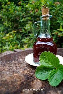 smakoterapia: TRUSKAWKOWY SYROP z IMBIREM na zimę (bez cukru)