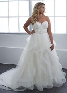 Simple Wedding Dresses, Fantastic Tulle Sweetheart Neckline A-line Plus Size Wedding Dress With Lace Appliques & Beadings & Ruffles MagBridal Popular Wedding Dresses, Wedding Dresses Plus Size, Plus Size Wedding, Dream Wedding Dresses, Bridal Dresses, Wedding Gowns, Making A Wedding Dress, Sheath Wedding Gown, Cocktail