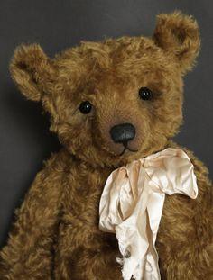 "Melchior - 20"" Humble-Crumble Bear"