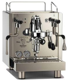 Great ways to make authentic Italian coffee and understand the Italian culture of espresso cappuccino and more! Machine A Cafe Expresso, Espresso Coffee Machine, Espresso Maker, Coffee Maker, Coffee Type, Best Coffee, Coffee Cream, Cafetiere Design, Mugs