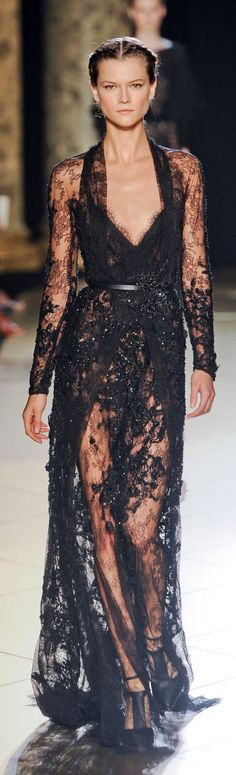 Elie Saab Couture Fall 2012 http://www.stylebistro.com/runway/Couture+Fall+2012/Elie+Saab/browse