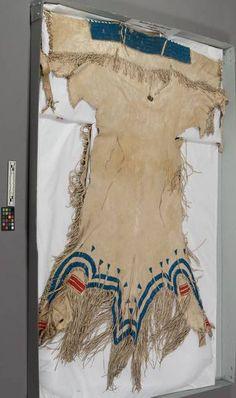 Dress, Lakota ca 1850, from G K Warren. NMNH