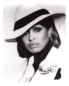 Vintage photo of Tina Tuner in fierce black & white hat!