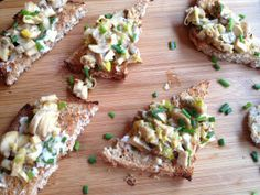Creamed Mushrooms and Leeks on Chive Buttered Toast