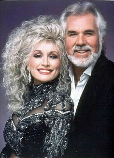 Dolly Parton & Kenny Rogers - two famous country music artists Country Music Stars, Country Music Artists, Country Singers, Country Music Videos, Dolly Parton Kenny Rogers, Music Icon, Indie Music, Rap Music, Photo Portrait