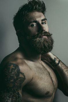 Hairy n Muscle Men