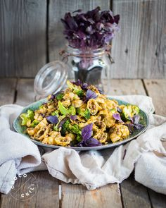 Vegan Pasta Salad with Roasted Broccoli, Lentils and Parsley Pesto | Chocochili