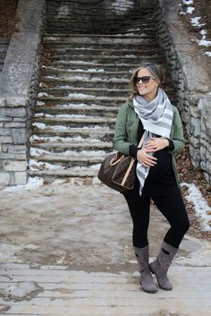 Crossbody Casual: Bump Style - my kind of sweet // mama style // pregnancy style // winter style
