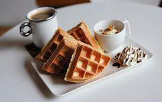 böyle bi kahvaltı tüm günün güzel geçme sebebi olabilir