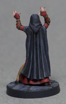 Hasslefree Lenore and Dynamic Lenore - Show Off - Reaper Message Board Pathfinder Game, Dragon Miniatures, Message Board, Fantasy Art, Bones, Painting, Furniture, Statues, Tack Board