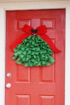 22 DIY Christmas Door Decorations - Holiday Door Decorating Ideas - Country Living