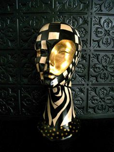 Harlequin checker board erotic table top mannequin head black white gold distressed mackenzie childs cirque du soleil inspired on wanelo Boris Vallejo, Day Of Dead, Dark Fantasy Art, Styrofoam Head, Styrofoam Crafts, Glam Pillows, Royal Ballet, Mannequin Heads, Mannequin Display