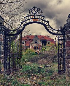 This is a collection of 7 Haunting and creepy abandoned places from around the world!