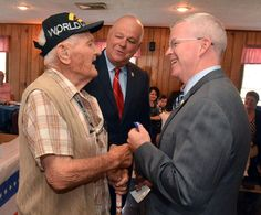 Griswold, Voluntown veterans recognized in medal ceremony - Two dozen Eastern Connecticut veterans were honored for their service overseas when they were awarded the Connecticut Wartime Service Medal during a ceremony Thursday at the Jewett City Veterans of Foreign Wars post. Read more: http://www.norwichbulletin.com/article/20160915/news/160919616 #CT #JewettCityCT #Connecticut #Award #Medal #Veterans #VFW #Vets #WartimeService