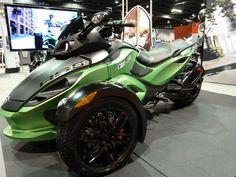 8fac7c656cf8 Can-Am Spyder. Chicago IMS 2012 Three Wheel Motorcycles