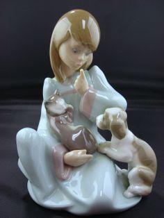 "Lladro porcelain figurine - ""Cat Nap"" (1990)"