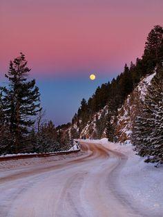 Moonrise, The Sierra Nevada, California photo via sara
