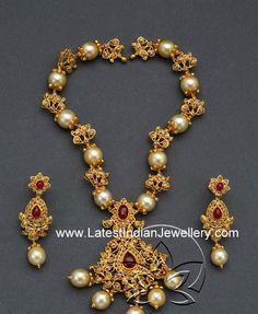South Pearls Uncut Diamond Necklace