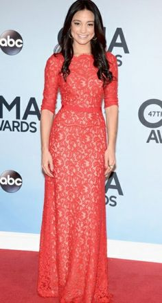 Gorgeous! I love the fact that it is a country singer wearing it too! Go celebrities for modesty! Rachel Smith, CMA Awards