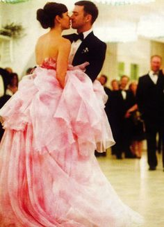 172acce66 Jessica and Justin Italian wedding first dance LOVE IT! Justin Timberlake,  Pink Dress,