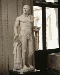 Julius Caesar, Roman statue (marble), 1st century BC - 1st century AD, (Musée du Louvre, Paris).