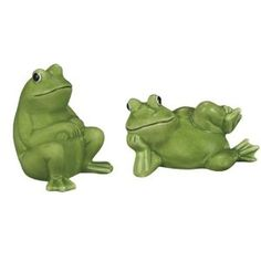 Lounging  Relaxing Green Frog Couple Salt  Pepper Shakers