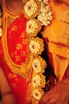 1000+ images about Pelli Poola Jada on Pinterest  Bridal accessories ...