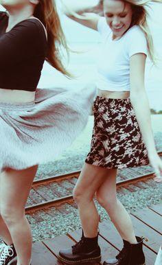 6999e64e936b skirt and white tee Indie Fashion