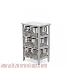 Štýlová košíková komoda s pevným dreveným rámom a 3 prútenými košíkmi, vhodnými na uskladnenie rôznych predmetov. Ideálne pre štýlové zariadenie predsiene, šatníka alebo iných obytných priestorov.  Materiál drevo / prútie, Farebné prevedenie sivá, Rozmery ŠxVxH: 38x60x28 cm.  Hmotnosť: 33 kg  ŠTÝLOVÁ KOŠÍKOVÁ KOMODA AYA 3| PREDAJ | DOPRAVA | E-SHOP | ON-LINE NÁKUP