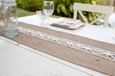 #burlap, #table-runners