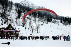 Take a trip to #Manali for a mesmerizing snow #Christmas.   The Manali Inn awaits your visit!