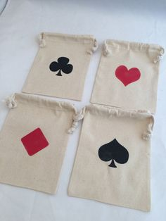 Mad Hatter Tea Party Favor Bags With Playing Card Design: Muslin Drawstring Bag, Poker Goody Bag, Casino Party, Magic Party Favor Bags Casino Party, Fète Casino, Las Vegas Party, Casino Royale, Vegas Theme, Casino Poker, Tea Party Favors, Party Favor Bags, Magic Party