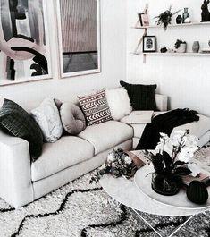 270 Best Black and White Interior Design images Interior Design Boards, White Interior Design, Interior Decorating, Modern Interior, Home Decor Bedroom, Living Room Decor, Black And White Interior, Black White, Living Room Inspiration