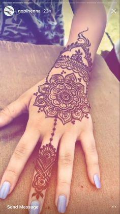 "Alishba's henna Alishba's henna,Henna Alishba's henna Related posts:""Interest: xoshawtyy"" - Henna / Tatoos - - Henna designs .Ornamental Tattoos That Turn Your Body Into A Living Piece Of Art - Henna. Henna Tattoo Hand, Henna Tattoos, Henna Body Art, Henna Tattoo Designs Arm, Henna Hand Designs, Tatoos, Pretty Henna Designs, Indian Henna Designs, Latest Mehndi Designs"