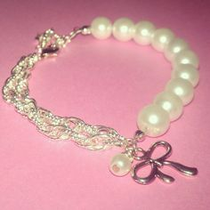 Pearl braclet, love!! It will match my necklace!