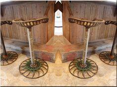 Bárszék - Antik bútor, egyedi natúr fa és loft designbútor, kerti fa termékek, akácfa oszlop, akác rönk, deszka, palló
