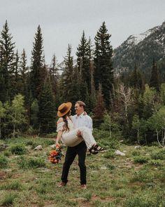 Las Vegas Wedding Photographers, Utah Photographers, Las Vegas Weddings, Elope Wedding, Destination Wedding, Elopement Wedding, Wedding Dress, Engagement Couple, Engagement Photos