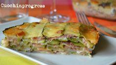 La parmigiana di zucchine con speck e scamorza è un secondo piatto o piatto unico molto gustoso, dal retrogusto affumicato e appetitoso.....