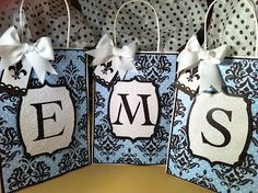 These are beautiful!!! Gift Bags with Creative Memories Cricut Divine Wedding Cartridge!  My cartridge will be here this week!!!  http://www.cricutholiday.com/search?updated-max=2012-02-23T02:02:00-06:00=2